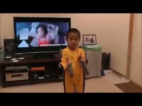 Niño De 4 Años ¿Será El Proximo Bruce Lee?