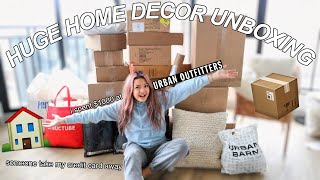 HUGE $1500 URBAN OUTFITTERS HOME DECOR UNBOXING | moving out at 16 | vlog #2