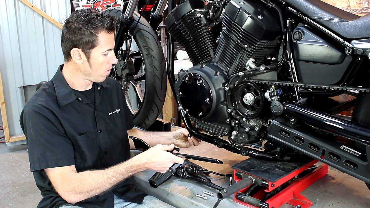 Yamaha Bolt Forward Controls Low And Mean