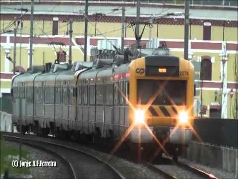 Comboios PN  Vila Franca de Xira pelo entardecer / anoitecer  Mar�o 2013
