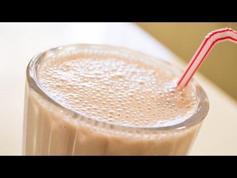 Banana Breakfast Shake / Smoothie - Video Recipe