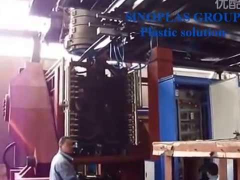 Blow molding machine for plastic pallets