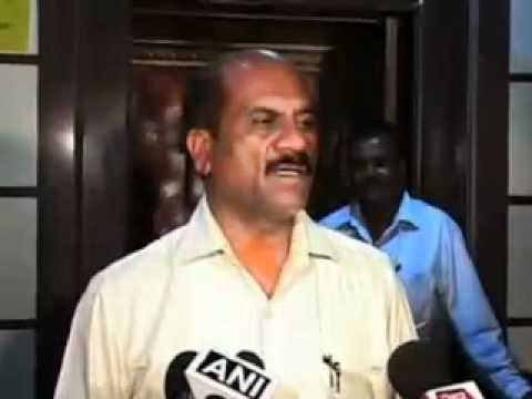 Mumbai  Police rescue girls involved in prostitution - Video...