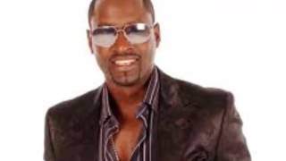 Watch Johnny Gill Give Love On Christmas Day video