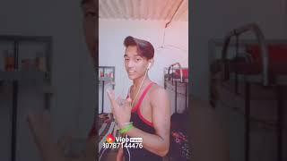 अगर देखना चाहते हो तो देखिए रंजीत राज का सुपरहिट वीडियो(18)