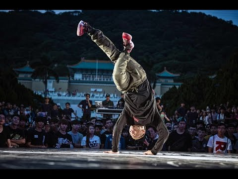 Taisuke vs Skim - Quarterfinals - Red Bull BC One Asia Pacific Final 2014