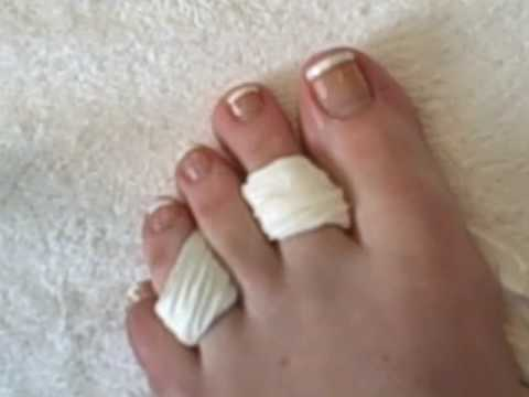 French Polish Pedicure to do a French Pedicure