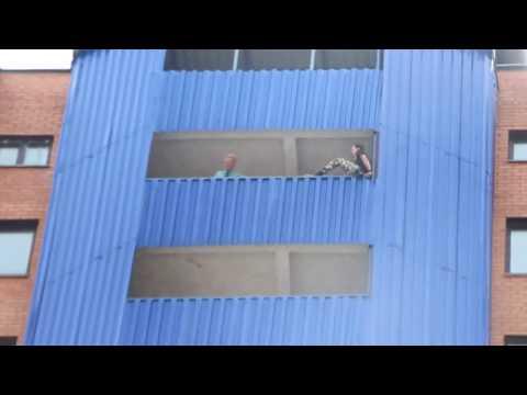 Эксклюзивные кадры спасения самоубийцы в Бресте
