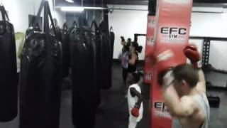 Download Boxing level workout at EFC Gym sandton with Raymond kupula 3Gp Mp4