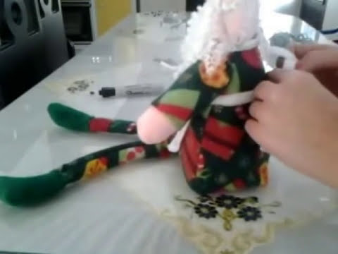 como hacer un santa claus o papa noel  en tela;   (how to make a santa claus)