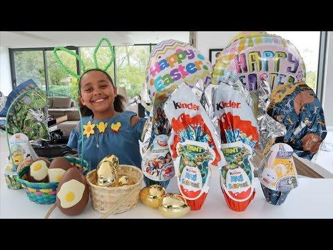 EASTER EGG HUNT! Maxi Kinder Surprise Eggs - Giant Golden Eggs - Shopkins - Peppa Pig Toys