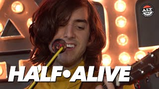 half•alive Perform Alicia Keys Ed Sheeran Mashup + 'Still Feel'