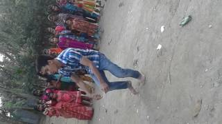 BANGLA SONG DANCE A BOY