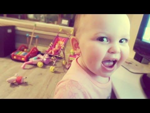 BABY SINGS TWINKLE TWINKLE!