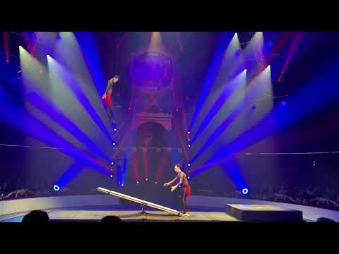 """""""Jump'n'Roll"""" - Duo Teeterboard (Elefant d'Or 2020)"""