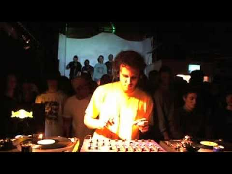 Four Tet 45 min Boiler Room DJ Set