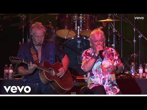 Air Supply - Two Less Lonely People (Live in Hong Kong)