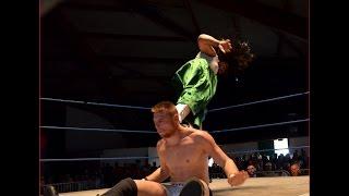 Baadshah Pehalwan Khan (Pakistani wrestler) dropkick on the neck