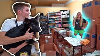 SURPRISING MY MOM WITH A NEW DOG! *PRANK*