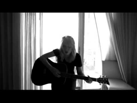 Alexz Johnson - I Cant Hold Back