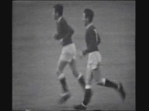 Colin Harvey vs Manchester United 1966 (F.A cup semi final)