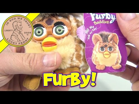 Furby Buddies Big Hungry Bean Bag Giraffe Colored Furby. 1999 Tiger Electronics Toys
