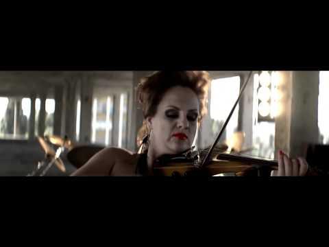 Strings - Нова