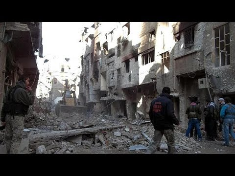 Syria: Rush to evacuate civilians from besieged Homs before ceasefire ends