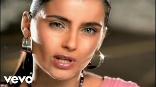 Клип Nelly Furtado - Forca