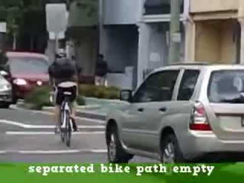 Sydney City Council cycleways : cyclists ride on road or footpath not costly separated bike path