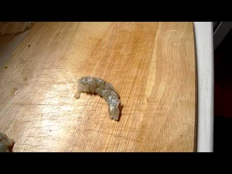 Thumb How to cut food (shrimp, apple, mushroom, etc) with a MacBook Air