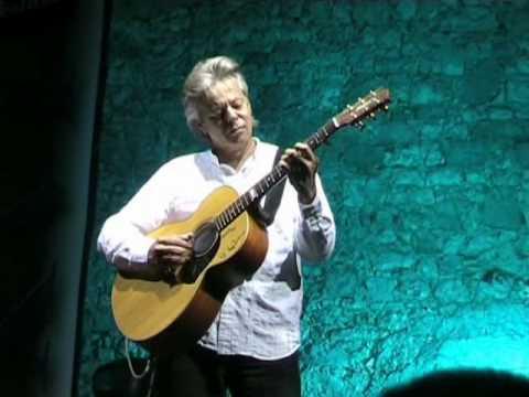 Tommy Emmanuel plays Chet Atkins @ Eddie Lang Jazz Festival 2006 -