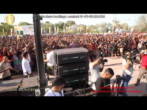 Yo Yo Honey Singh Live  Dubai On Holi video