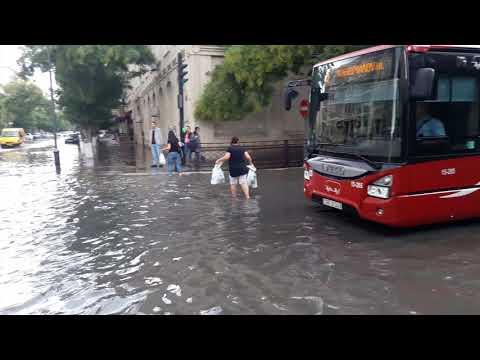 Ливень в Баку