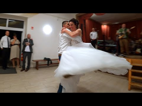 Niki és Bence Esküvő Nyitótánc Piliscsév
