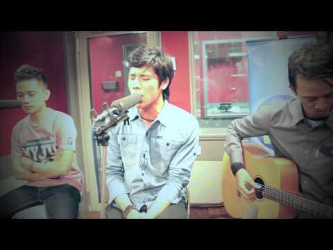 download lagu Masih Mencintainya - PAPINKA LIVE gratis