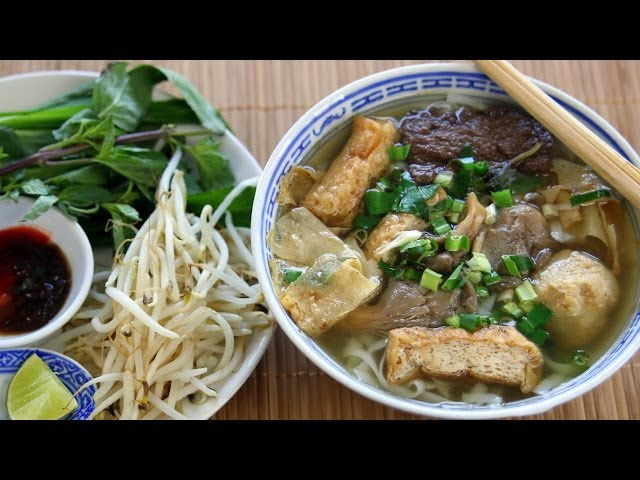 PHỞ CHAY - Vietnamese VEGAN NOODLE SOUP Recipe