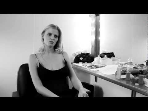 Interview mit Lara Stone Mercedes-Benz Fashion Week Berlin Autumn/Winter 2012