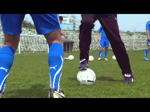 Fussball-Technik Und Freestyle-Tricks - Übersteiger, Sohlenzieher, Maradonna-Kreisel, Rainbow