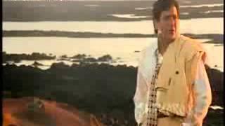 Hum Kis ko Jaan By Govinda Movie Song.mpg