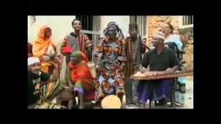 Bi Kidude - Ahmada Umelewa, Fan Cut