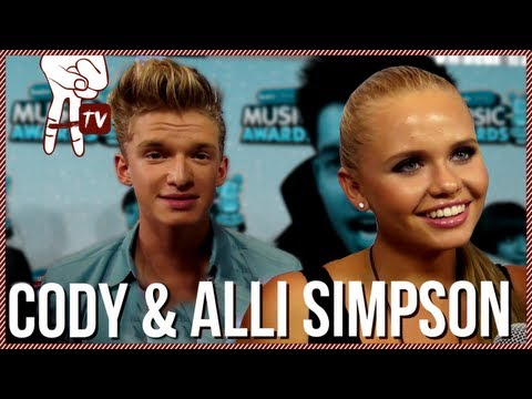 Cody Simpson and Alli Simpson: Pretty Brown Eyes Music Video - RDMAs