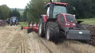 VALTRA S353 + FENDT + NEW HOLLAND + KUHN