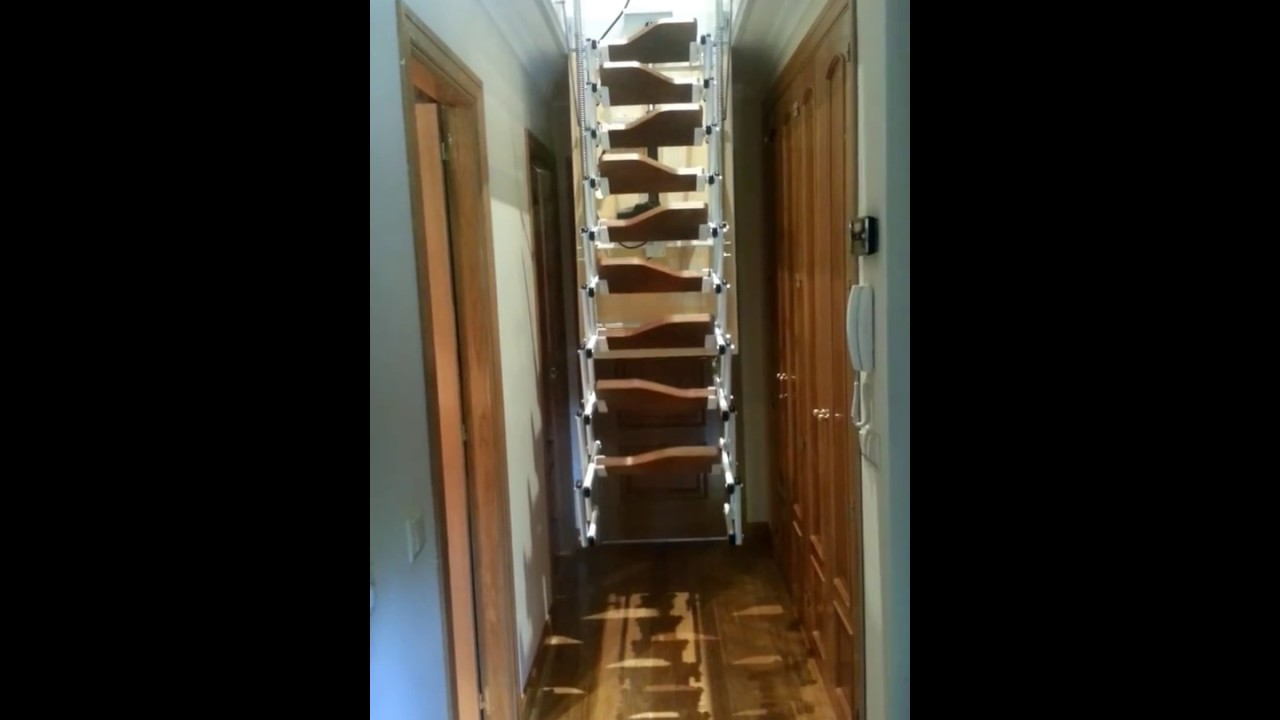Escalera plegable autom tica flexa de youtube - Escaleras plegables techo ...