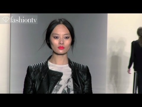 Model Trends: Models In T-shirts | Fashiontv video