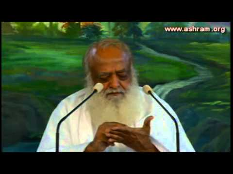 Sant Shri Asaram ji Bapu Satsang 2013 - 20 April ( Evening Session) Ratlam ( M.P. )