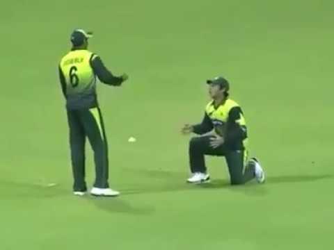 Shoaib Malik VS Saeed Ajmal funny video | PSL-3 2018 | Really Mind Blowing |