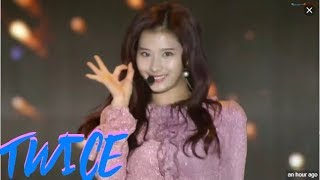[Seoul Music Awards 2019] TWICE Full Performance - INTRO + YES OR YES + DTNA
