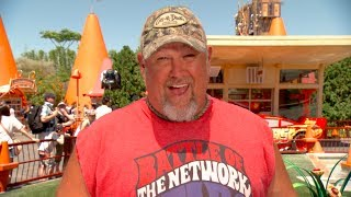 Larry the Cable Guy at Cars Land - Cars 3 - Now Playing in 3D