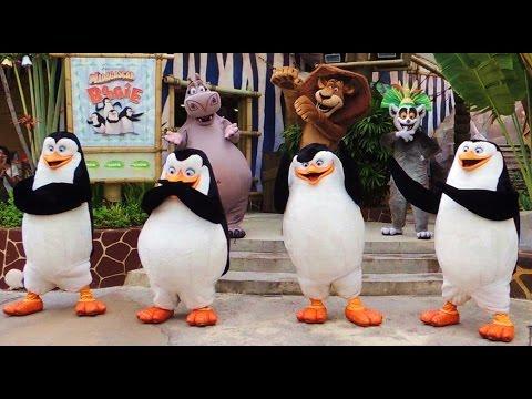 [hd] 2015 Madagascar i Like To Move It Boogie Dance  Universal Studios Singapore. video